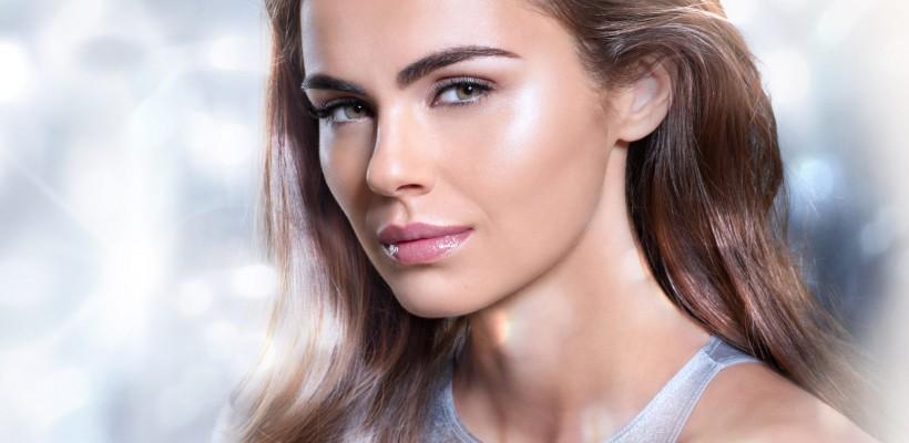 După ce s-a căsătorit, Xenia Deli acceptă tot mai multe contracte de modeling