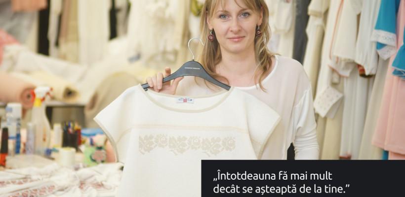 Alina Bradu, designerul care deține peste 10 mii de ornamente autentice (Video)