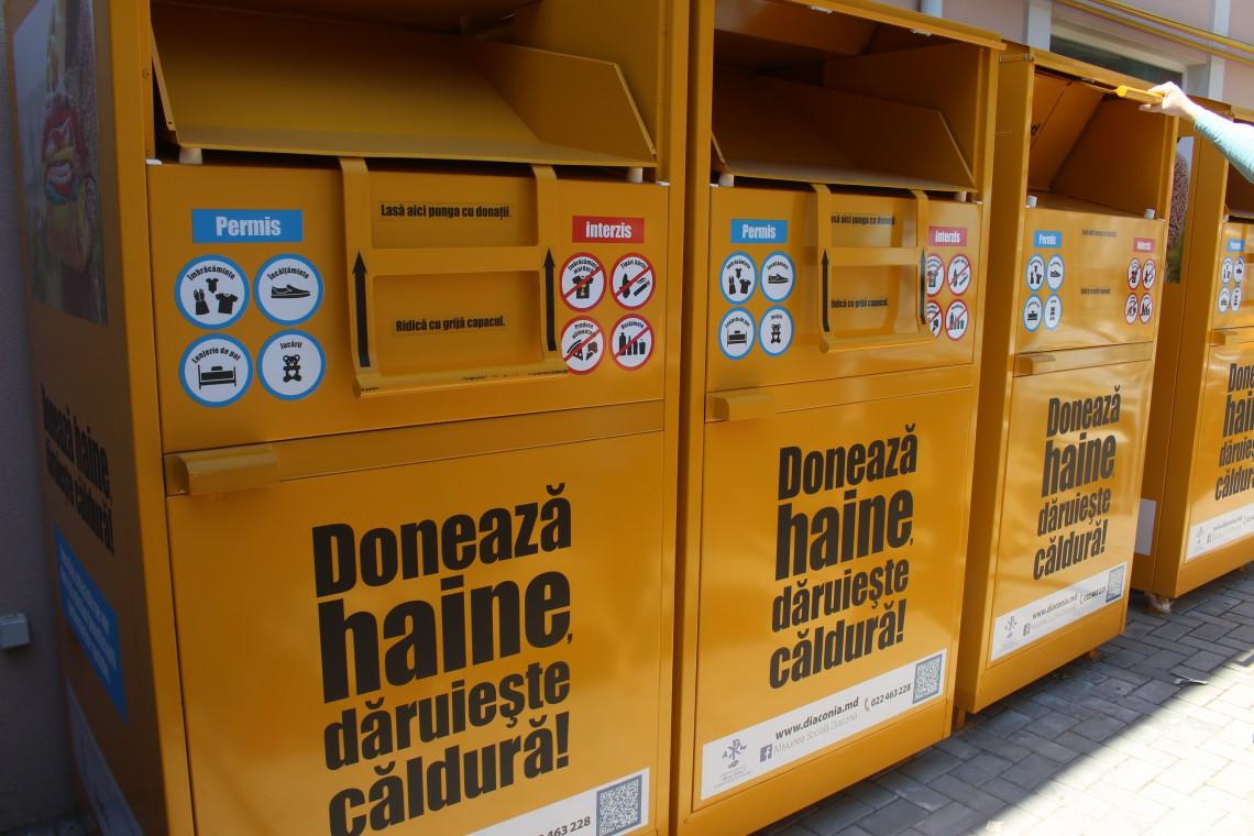 """Diaconia lansează proiectul """"Banca de haine"""" pentru ajutorarea oamenilor nevoiași"""