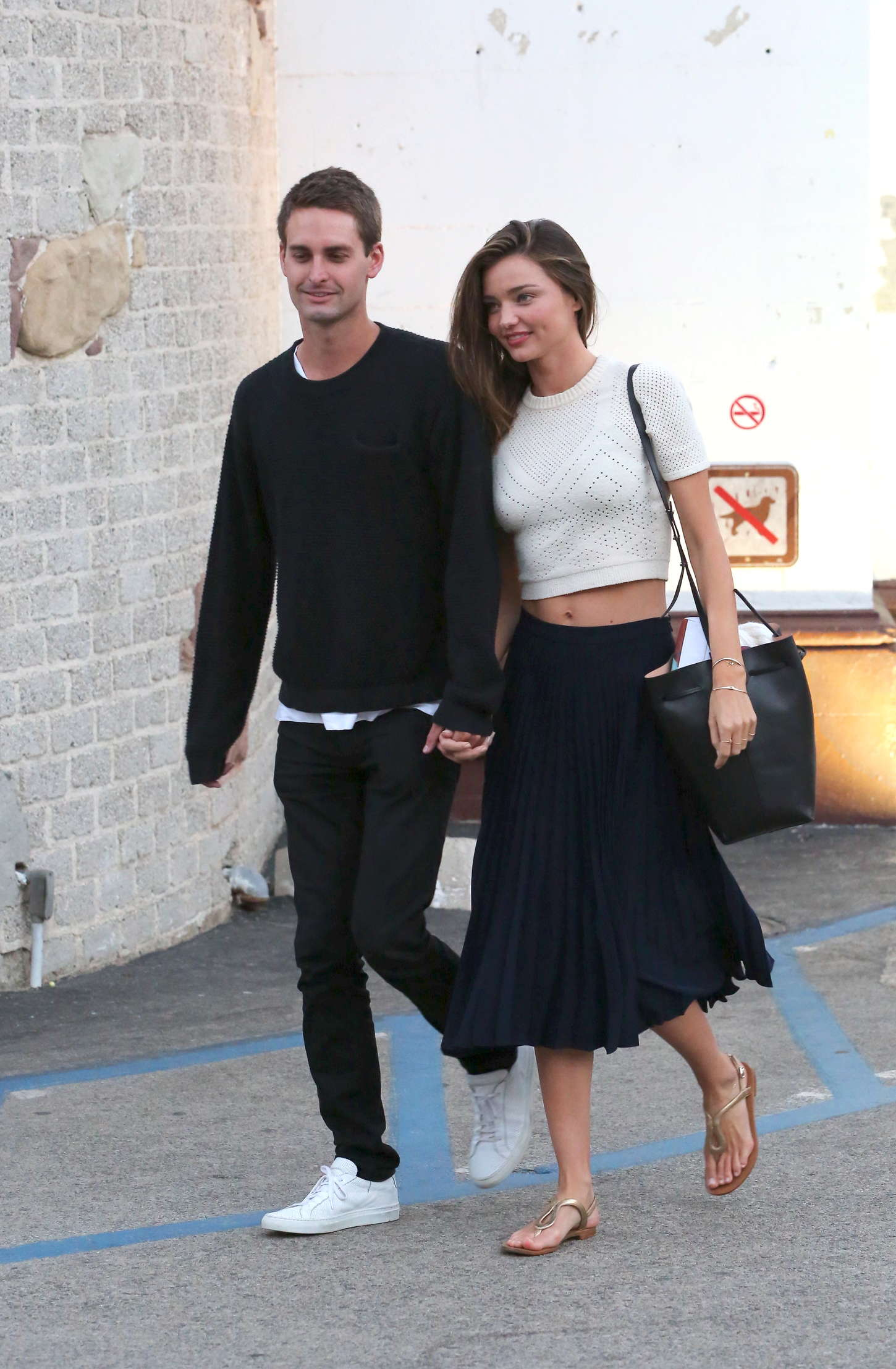 Miranda-Kerr-with-Evan-Spiegel-Out-in-Malibu--25