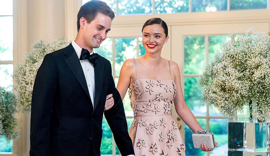 Miranda Kerr, cerută în căsătorie de un miliardar mai tânăr decât ea cu 7 ani!
