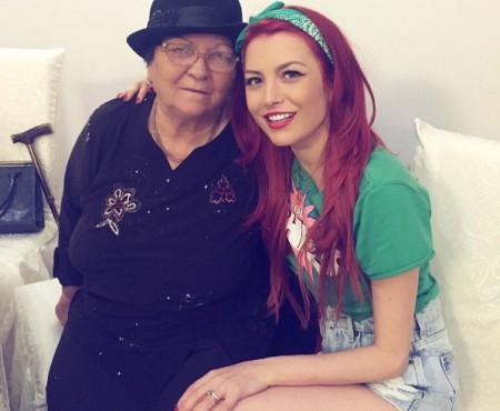 """Elena Gheorge și-a felicitat emoționant bunica de 84 de ani: """"M-ai învățat să fiu puternică"""" (Foto)"""