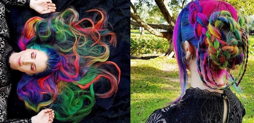 """O """"Rapunzel"""" cu păr-curcubeu face furori pe Instagram. E înnebunită de culori"""