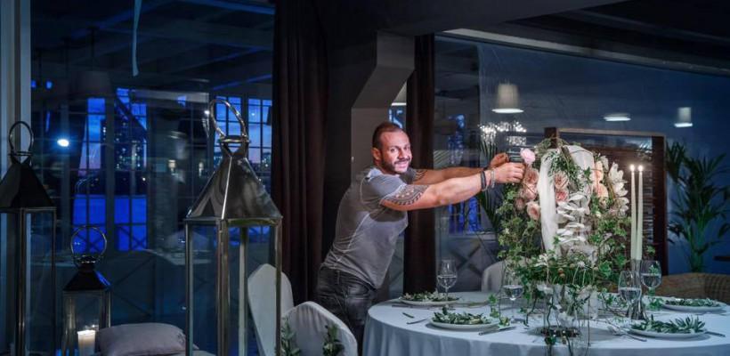 5 lucruri esențiale de cară să ținem cont pentru decorul sălii de nuntă. Sfaturi de la floristul Slava Roșca