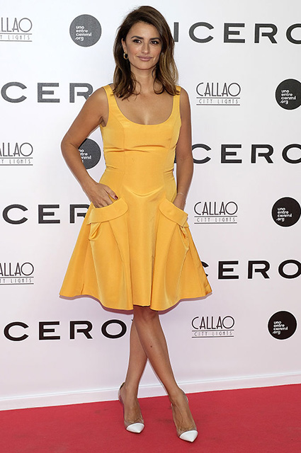 MADRID, SPAIN - SEPTEMBER 19: Penelope Cruz attends the 'Soy Uno Entre Cien Mil' premiere at Callao cinema on September 19, 2016 in Madrid, Spain. (Photo by Fotonoticias/Getty Images)