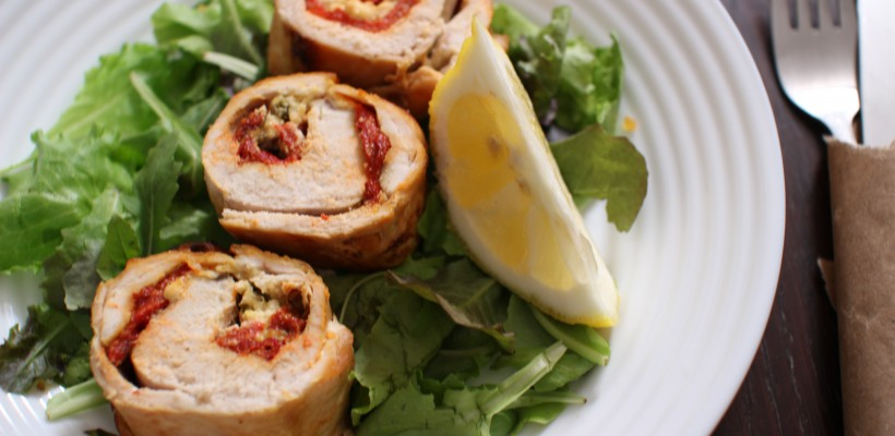 Cină ușoară și super-delicioasă: Ruladă de pui