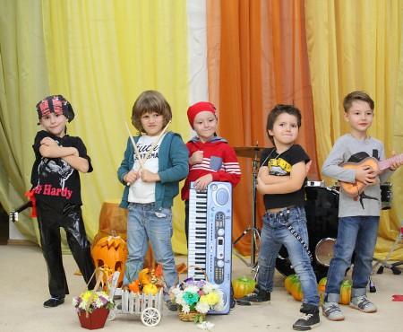 Dragoș, fiul jurnalistei Aura Revenco se lansează în muzică! La doar patru anișori are propria trupă