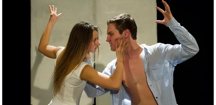 """Teatrul M.A.D.E revine cu piesa """"Nu striga la  mine"""" – un spectacol despre impactul violenței domestice"""
