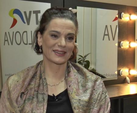 """Actrița Maia Morgenstern, către publicul din Chișinău: """"Respectul de sine te va conduce să poți însemna ceva pentru ceilalți"""" (Video)"""