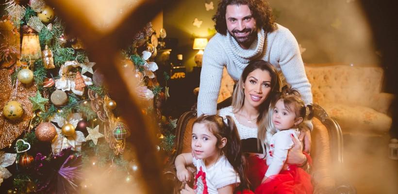 Pepe și Raluca Pascu, fericiți de Crăciun alături de fetițele lor! Cât de mari sunt moștenitoarele