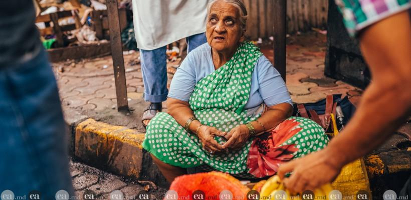 """India, țara tradițiilor și a culorilor. """"Aici oamenii singuri cer să le faci poze"""""""
