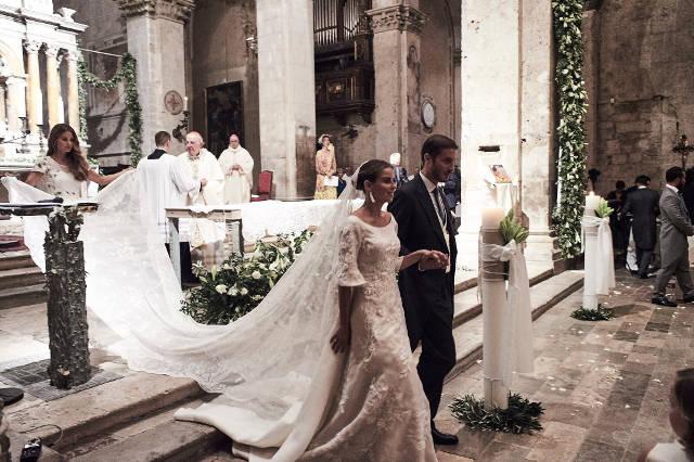 Nuntă De Lux în Toscana Tort De Zeci De Kg și Artificii Ca De Ziua