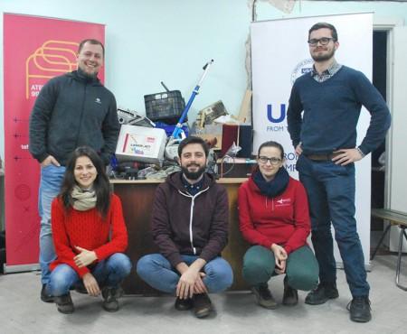 Ești o fire pasionată de tehnologie? Acești tineri te provoacă să-ți materializezi ideea la Atelier 99 / FabLab Moldova