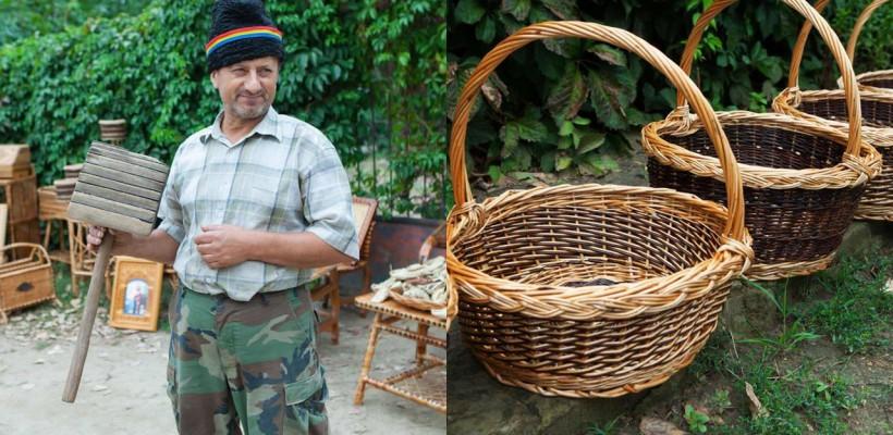 E omul care păstreză tradițiile! Vezi capodoperele pe care le realizează un meșter popular din Pașcani (FOTO)