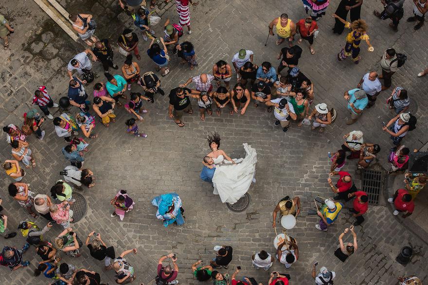 top-50-wedding-photos-of-2016-586a691c5b69b__880