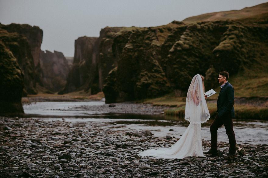 top-50-wedding-photos-of-2016-586bd280150f0__880