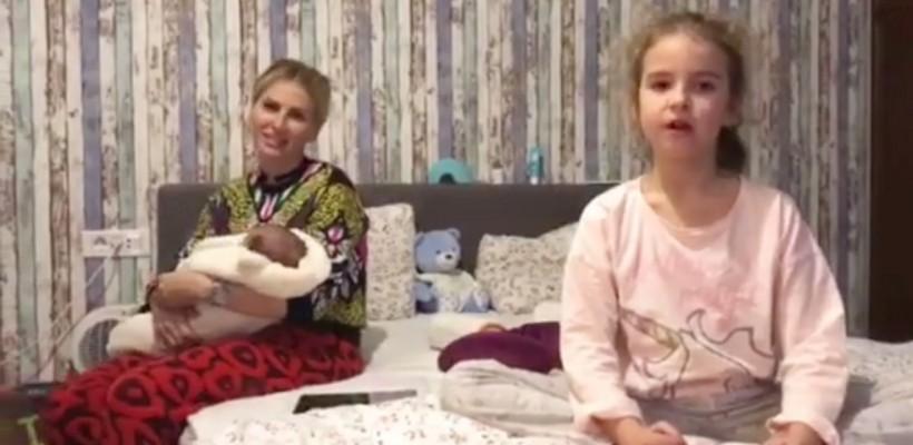 Fiica Andreei Bănică – artistă în devenire! Cum recită o poezie semnată de Mihai Eminescu (VIDEO)