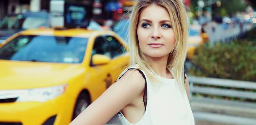 Moldoveanca Anna Maria Candraman a lansat o piesă produsă și filmată la New York (Video)