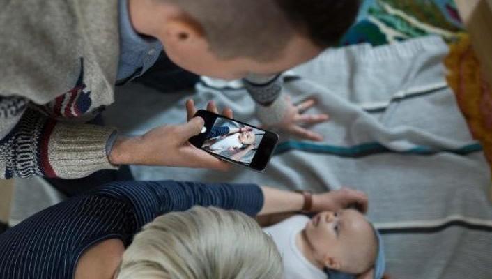 Protejați-vă copiii pe internet. Nu postați poze care îi pun în pericol. Diavolul se ascunde în detalii