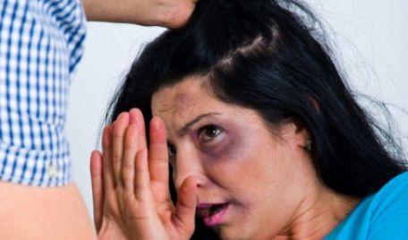 Fă aceși pași ca să nu fii abuzată în familie. Sfaturile vin de la Viorica Meșina și Nata Albot