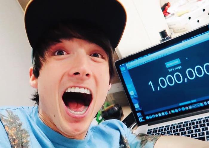 """Ilie Bivol, vloggerul moldovean ajuns la numărul record de 1 mln de abonați: """"Nu merit nimic, pentru că nimic nu-mi aparține"""""""