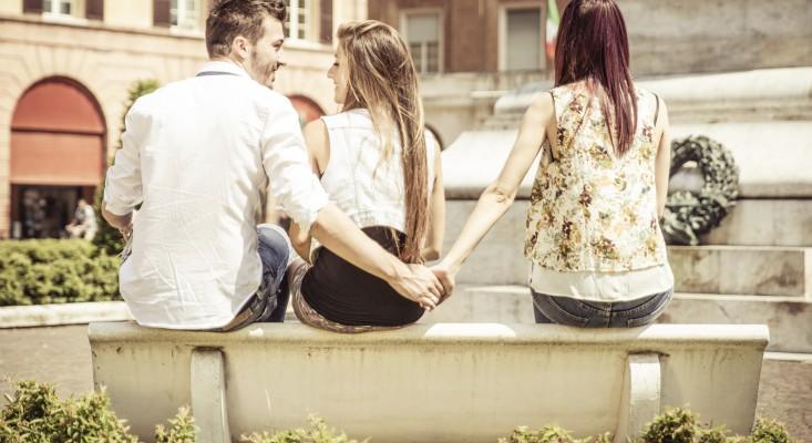 Misterioși și narcisiști! 10 lucruri pe care le au în comun toţi bărbaţii infideli
