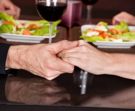 Vezi cele mai bune rețete pentru o cină romantică de Ziua Îndrăgostiților