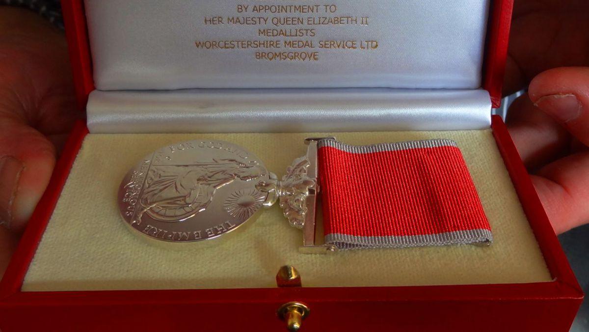o-moldoveanca-a-fost-decorata-cu-british-empire-medal-pentru-ajutorul-oferit-copiilor-cu-dizabilitati-26567