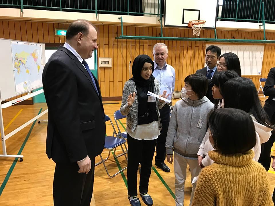 Câțiva copii din Japonia au intonat imnul Republicii Moldova. Vezi cum s-au descurcat elevii