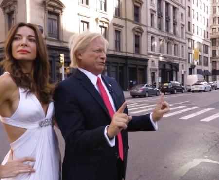 Sosia Primei Doamne a SUA are 45 de ani și seamănă nespus de mult cu Melania Trump (FOTO)