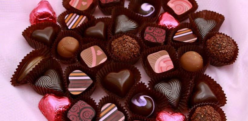 Ciocolata se ieftinește de Sfântul Valentin din cauza creșterii stocurilor mondiale de cacao