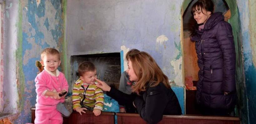 Mesaj către Galina Dodon: Stimată Primă Doamnă, copiii nu sunt cea mai bună temă pentru PR