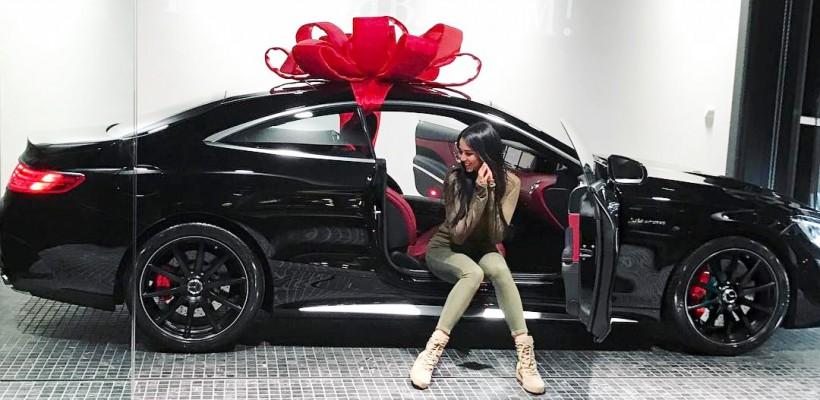 Iubita lui Timati a primit în dar o mașină de lux, în valoare de 11 mln de ruble (FOTO)