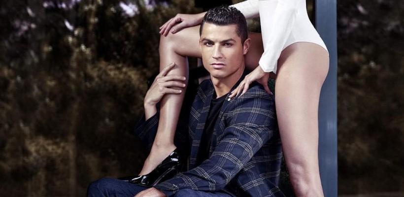 Cristiano Ronaldo a împlinit 32 de ani! Pe cine a avut alături la această aniversare