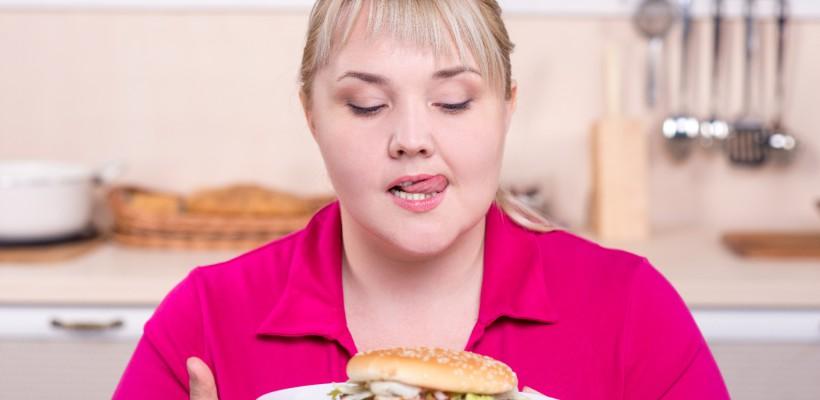 E bine să mănânci după ora 18.00, există însă o condiție. Curele de înfometare încetinesc grav metabolismul. Află cum mănânci ca să slăbești