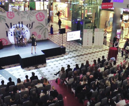 """Defilare cu stil pe catwalk-ul de la Chișinău! Cum s-a desfășurat o nouă ediție """"Mall of Fame"""" (VIDEO)"""