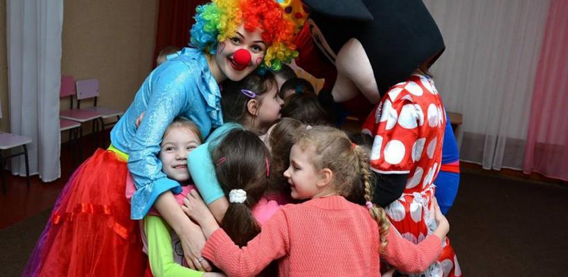 """Pe 1 aprilie, A.O. """"Viața fără leucemie"""" și Clubul Ciufulica vor dărui zâmbete tuturor copiilor"""