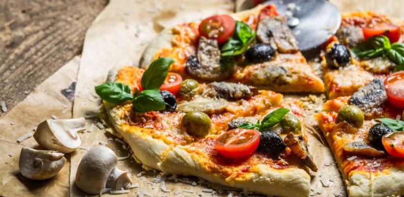 Pizza perfectă, preparată în condiții casnice? Iată cele mai importante secrete pentru rezultate garantate