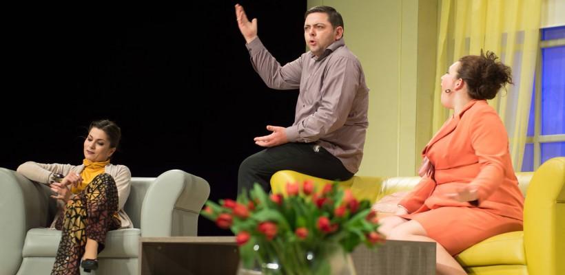 """Teatrul """"Eugene Ionesco"""" își invită spectatorii """"La un ceai de TEI cu Ion Sapdaru"""", la comedii și povești emoționante"""