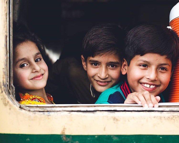 Cassie-de-Pecol-Pakistan
