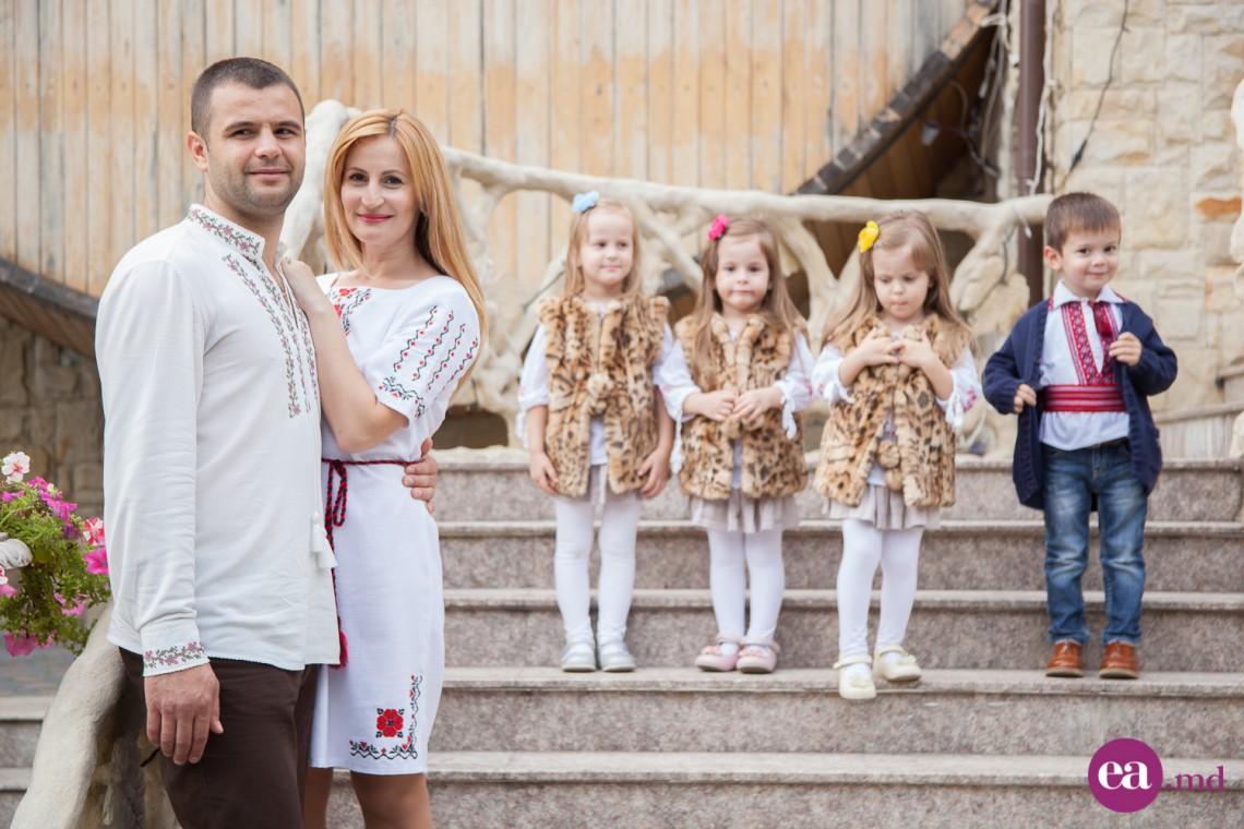 S-au împlinit 5 ani de când fericirea familiei Dubița se înmulțește la patru! (FOTO)