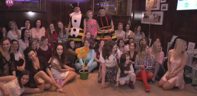 Pe scurt, despre o petrecere în pijamale la care vrei să revii (Video)