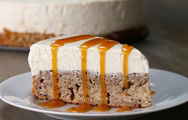 Cheesecake face casă bună cu bananele. Notează o rețetă simplă de pregătire a pâinii cu banane