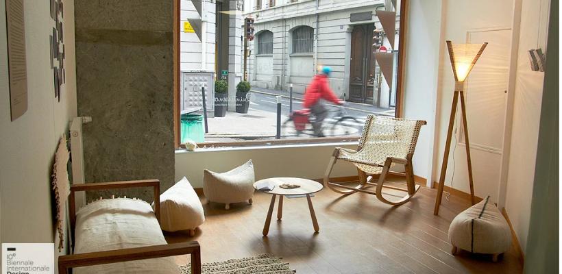 O canapea din stuf, o lampă din in, un scaun croșetat – create de doi moldoveni. Lucrările sunt expuse în Franța (Foto)