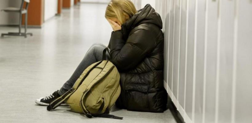 Ministerul Educației cere profesorilor să fie atenți la depresia, izolarea și gândurile despre moarte ale elevilor