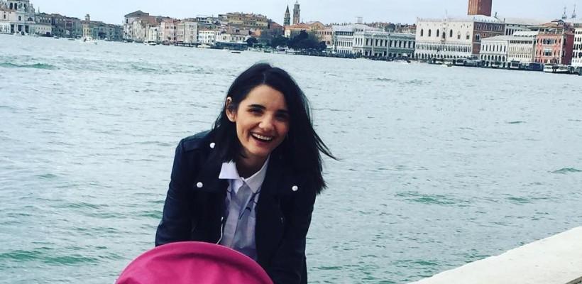 """Lilia Ojovan gustă din primăvară la Veneția: """"E vesel sa călătorești cu copiii!"""" (FOTO)"""