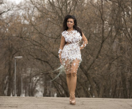 Două ținute de seară extravagante de la fashion bloggerița Elena Postica (Foto)