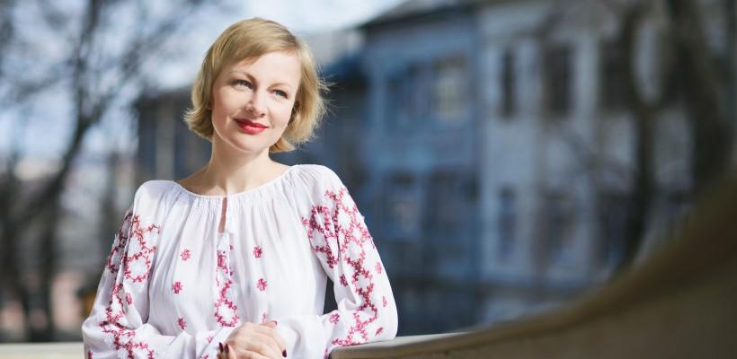 Radmila Popovici, femeia care a avut și 300 de ani… însă tot 1001 de vise. Interviu