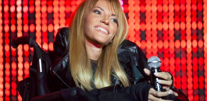 O tânără cu nevoi speciale va reprezenta Rusia la Eurovision 2017. Ascultă piesa câștigătoare (VIDEO)