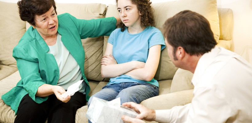 Cum vorbim cu un adolescent despre jocurile periculoase?